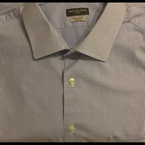 Mens regular fit blue and white dress shirt.